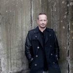 Daniel Bruns - Wand Quer